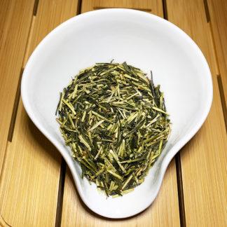 Kukicha Grüner Tee aus Blattrippen wenig Koffein